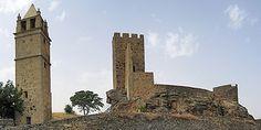 Castelo de Mogadouro na vila de Mogadouro, em Trás-os-Montes