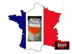 """CERVEZA BUCANERO TE DICE ¿De dónde viene la cerveza Biére de Garde? Antes de que se extendiera la refrigeración artificial, era normal hacer una cerveza para tomar durante la época de verano cuando no se podía elaborar debido al calor. En el noroeste de Francia, en Lille, se hacía la cerveza """"biére de garde"""" o """"cerveza para guardar"""". Es relativamente fuerte, color pálido (blonde), dorado-ámbar (ambrée) o castaño oscuro (brune), son afrutadas y con un buen sabor a malta…"""