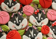 Skunk Face and Rose Cookies Tutorial