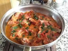 Cocinando con Rosita: CHULETAS DE CERDO AHUMADAS EN SALSA DE TOMATE
