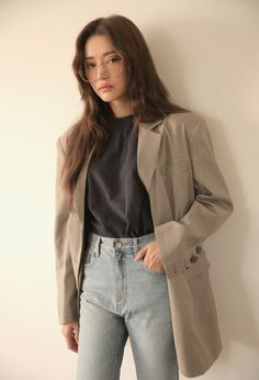 ASTERION - You are in the right place about outfits semiformales Here we offer you the most beautiful picture - Korean Fashion Trends, Korean Street Fashion, Korea Fashion, Asian Fashion, 90s Fashion, Fashion Outfits, Korean Girl Fashion, Winter Outfits, Cool Outfits