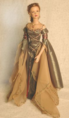 Isolde, OOAK Robert Tonner, beautifully restyled by Vanessa Ford. Click through this link to see her other gorgeous work!