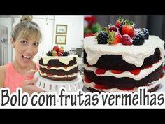 Receita de Bolo de chocolate com frutas vermelhas - Receitas e Temperos