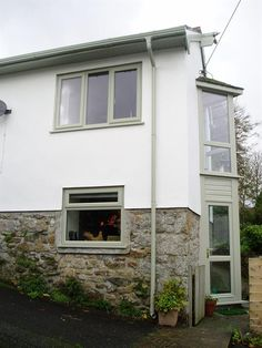this is harwich white or RAL 7044 Coloured Upvc Windows, Grey Windows, Windows And Doors, Painting Upvc Windows, Rendered Houses, Window Styles, House Entrance, House Front, House Colors