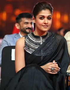 Nayanthara Awesome Look At SIIMA Awards 2017 Stills Sari Blouse Designs, Fancy Blouse Designs, Nayanthara In Saree, Black And White Saree, Stylish Blouse Design, Indian Gowns Dresses, Stylish Sarees, Kurti Designs Party Wear, Saree Look