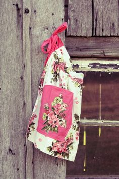 vintage country apron