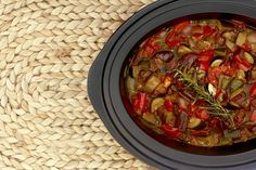 How to make ratatouille in Crock Pot Polenta Recipes, Paleo Recipes, Desserts From Spain, Slow Cooker Recipes, Crockpot Recipes, How To Make Ratatouille, Multicooker, Crock Pot Cooking, Food And Drink