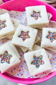Sprinkles Party Birthday tips and ideas! party food Hooray For A Sprinkle Party Wiggles Birthday, Wiggles Party, Trolls Birthday Party, Unicorn Birthday Parties, Cake Birthday, Birthday Lunch, Children Birthday Party Ideas, 1st Birthday Girl Party Ideas, Kids Birthday Treats