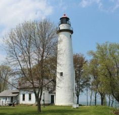 Fall in Love with Michigan Lighthouses