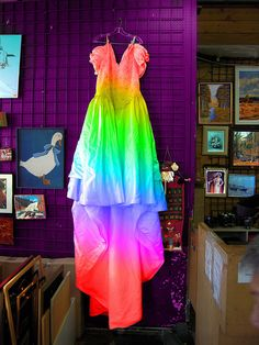 A tie dye wedding dress? Take off the puff sleeves and I'm so there. Tacky Wedding, Geek Wedding, Wedding Ideas, Wedding Stuff, Wedding Bells, Diy Wedding, Wedding Planning, Wedding Inspiration, Bridal Dresses
