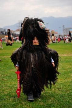 ブルガリアの奇祭「クケリ」がモフモフすぎる - NAVER まとめ