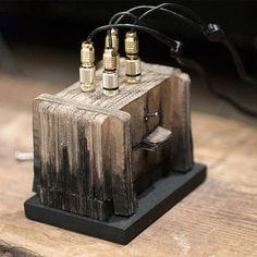 Speaker Design : Sruli Recht