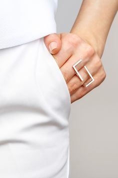 Minimalist Architectural Jewelry - Discontinude Ring in 925 Sterling Silver by MOPHT Studio