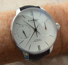 Christopher Ward C900, all about the face, a British firm who somehow have Swiss made automatic watches for less than £500.