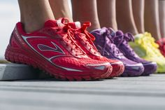 Brooks Vivid Pack