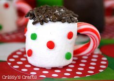 Marshmallow cup!  making this for the cub scouts christmas partay!!