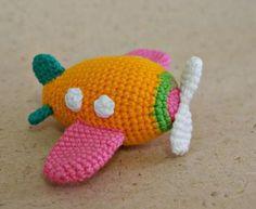 Free airplane crochet pattern