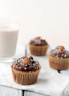 Grain-Free Almond Cupcakes with Chocolate Avocado Frosting #glutenfree #dairyfree http://thecupcakedailyblog.com/grain-free-almond-cupcakes-with-chocolate-avocado-frosting/