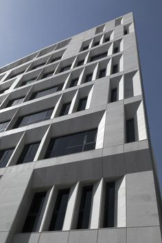 Sipan Residential Building,© Parham Taghioff