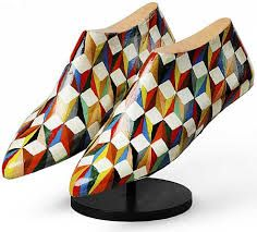 Resultado de imagen para hormas de zapatos pintadas