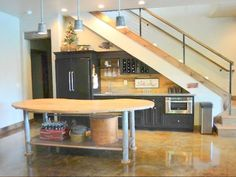 Small Space Design, Small Spaces, Home Stairs Design, House Design, Kitchen Under Stairs, One Bedroom Apartment, House Stairs, Sweet Home, Loft