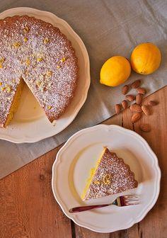 Torta di limone e mandorle
