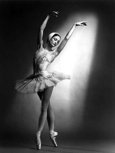 julie kent as the white swan. former principal ballet dancer from ABT, and i adore everything i've seen her in
