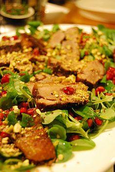 Insalata invernale d'anatra con condimento al miele e soia  Winter salad with duck and honey & soy seasoning