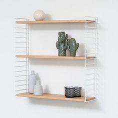 Tomado boekenrek - wit frame en houten planken