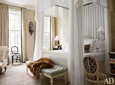Sweet Dreaming with Ten Amazing Canopy Beds | ZsaZsa Bellagio - Like No Other