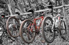 Parkir sepeda gunung di jalur pipa gas mtb bike park bsd - bintaro. post by http://www.jpgbintaro.com
