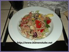 Sommersalat mit Thunfisch und Garnelen  http://www.bienenstube.net/sommersalat-mit-thunfisch-und-garnelen/