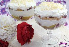Un delicioso Trifle con lemond curd y frambuesas   http://rositaysunyolivasenlacocina.blogspot.com.es/2011/07/trifle.html