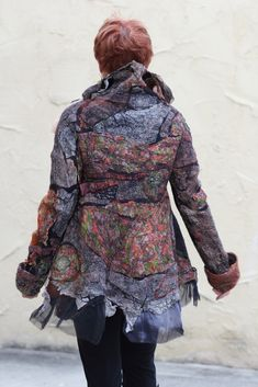 Studio 907: Creating a Seamless Nuno Felted Reversible Jacket