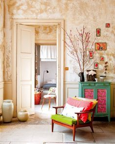 Modern Interior Apartment Decorating on a Budget : Home Interior Design Colorful Apartment, Interior Design, House Interior, Furniture, Home, Interior, Home Deco, French Apartment, Home Decor