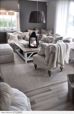 house design design home design Cozy Living Rooms, Home Living Room, Living Room Designs, Living Room Decor, Living Spaces, Living Room Inspiration, Home Decor Inspiration, Salons Cosy, Home And Deco