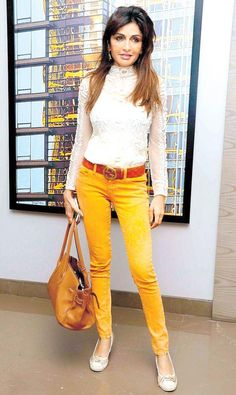 Queenie Singh flaunts the style of the season – coloured pants #India #Fashion