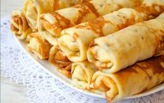 Tasty Belarusian cuisine is sure to please everyone. We will tell you about ten great belarusian dishes that you want to try! Crepes, Pancake Roll, Pancake Party, Gourmet Recipes, Snack Recipes, Ukrainian Recipes, Raw Vegetables, Breakfast Time, Dessert
