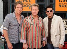 Various country music artists like Rascal Flatts can be found in my libray.  Google Image Result for http://www.thecountryvibe.com/Blog1/wp-content/uploads/2010/06/rascal-flatts-5.jpg