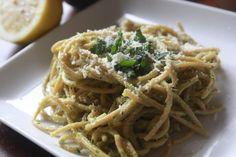 Creamy Avocado Pasta Recipe -- avocado, lemon, garlic, salt, basil, EVOO, pasta