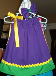 Mardi Gras Pillow Case Dress by SleepyStitches on Etsy Baby Makes, Mardi Gras, Cheer Skirts, Pillow Cases, Girl Outfits, Pillows, Trending Outfits, Clothes, Vintage