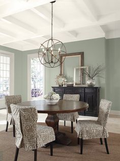 ❥ I really like the paint color. Great contrast with table. Paint ...