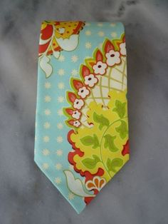 How fun for all the groomsmen to be in this necktie!  Fantastic photos!   Turquoise paisley mens traditional tie by DivineDomestication, $39.00