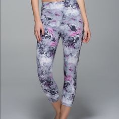 Lululemon Moody mirage wunder under pants Lululemon blurred floral print wunder under pants. Has a band you can fold or keep up. In excellent condition. No flaws. Super rare! Accepting reasonable offers lululemon athletica Pants Leggings