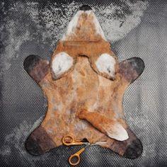 Wet Felted fox puppet tutorial ' Glove Puppets, Felt Puppets, Felt Finger Puppets, Wet Felting Projects, Felting Tutorials, Felt Projects, Felted Wool Crafts, Felt Crafts, Felt Fox