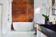 Фото 4 Дизайн белой ванной комнаты (75 фото): «чистая» гармония