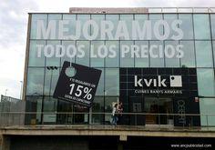 Rotulación de fachada con vinilo de corte removible para campaña puntual en #Barcelona