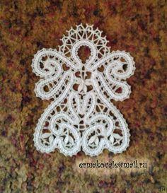 - Díla Irina Ermakova (osobní) krajky z Vologda Crochet Projects, Sewing Projects, Bruges, Types Of Lace, Lace Art, Bobbin Lace Patterns, Lacemaking, Lace Jewelry, Needle Lace