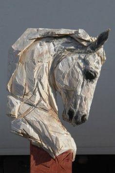LINGL REBETEZ Jürgen (né en 1971)    Buste de cheval, 2010 Bois