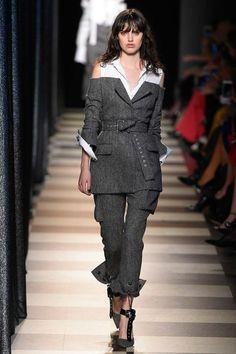 Monse Fall 2017 Ready-to-Wear Fashion Show - Alexandra Binaris